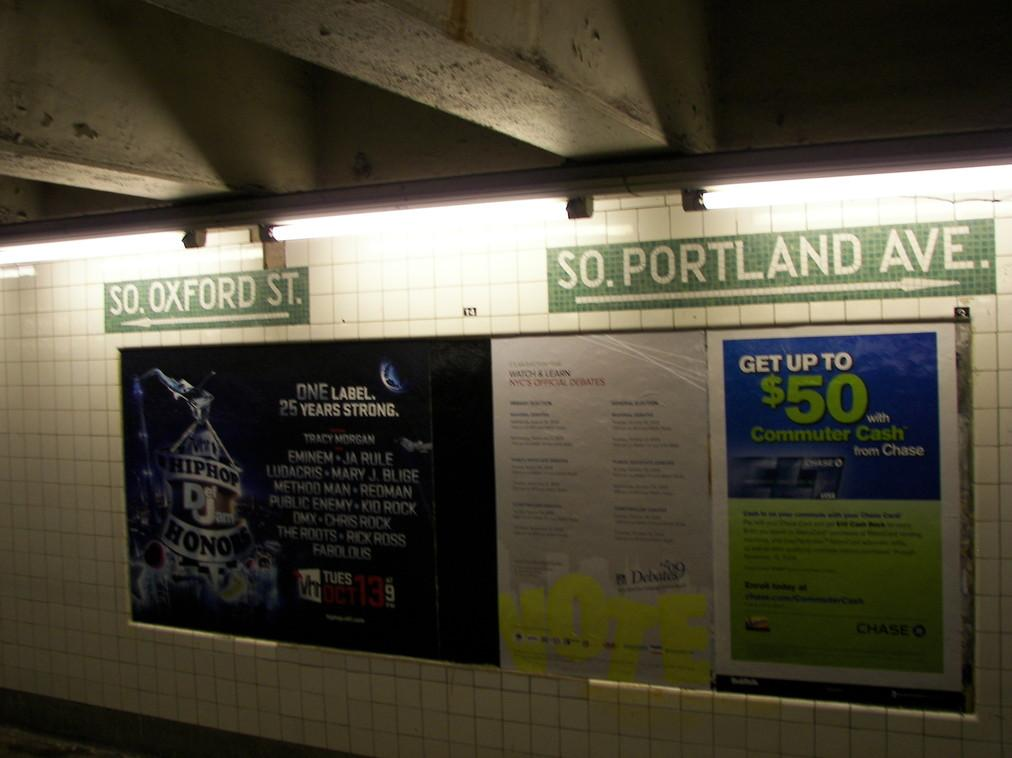 (68k, 1012x758)<br><b>Country:</b> United States<br><b>City:</b> New York<br><b>System:</b> New York City Transit<br><b>Line:</b> IND Fulton Street Line<br><b>Location:</b> Lafayette Avenue <br><b>Photo by:</b> Joe Grillo<br><b>Date:</b> 9/25/2009<br><b>Viewed (this week/total):</b> 1 / 1026