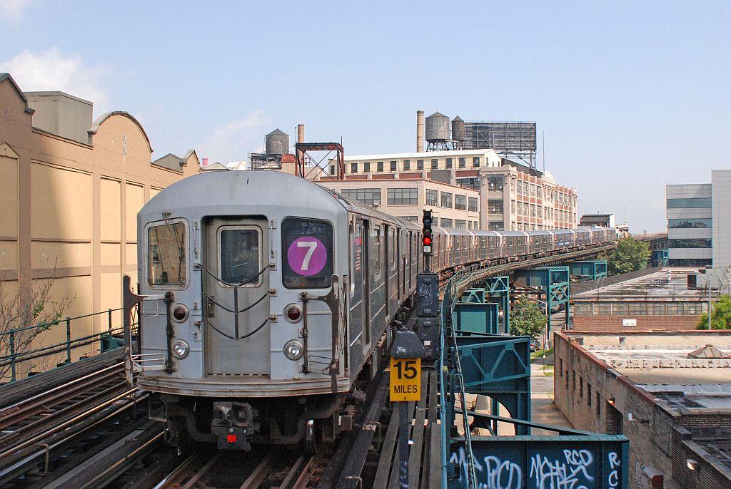 (143k, 1024x686)<br><b>Country:</b> United States<br><b>City:</b> New York<br><b>System:</b> New York City Transit<br><b>Line:</b> IRT Flushing Line<br><b>Location:</b> Court House Square/45th Road <br><b>Route:</b> 7<br><b>Car:</b> R-62A (Bombardier, 1984-1987)   <br><b>Photo by:</b> Richard Chase<br><b>Date:</b> 8/30/2009<br><b>Viewed (this week/total):</b> 0 / 1150