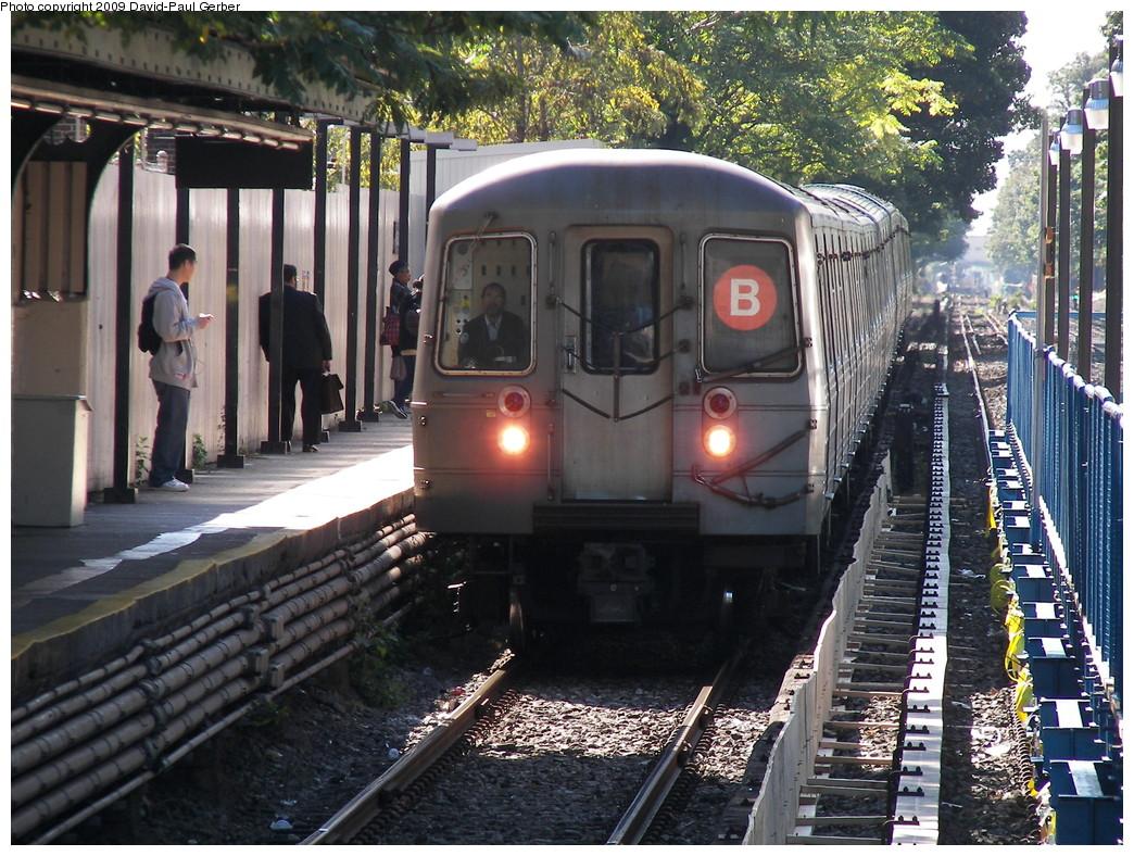 (349k, 1044x788)<br><b>Country:</b> United States<br><b>City:</b> New York<br><b>System:</b> New York City Transit<br><b>Line:</b> BMT Brighton Line<br><b>Location:</b> Avenue J <br><b>Route:</b> B<br><b>Car:</b> R-68/R-68A Series (Number Unknown)  <br><b>Photo by:</b> David-Paul Gerber<br><b>Date:</b> 10/6/2009<br><b>Viewed (this week/total):</b> 1 / 1178