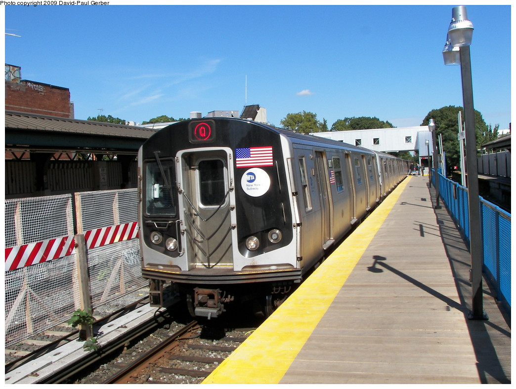 (300k, 1044x788)<br><b>Country:</b> United States<br><b>City:</b> New York<br><b>System:</b> New York City Transit<br><b>Line:</b> BMT Brighton Line<br><b>Location:</b> Avenue J <br><b>Route:</b> Q<br><b>Car:</b> R-160B (Kawasaki, 2005-2008)  8817 <br><b>Photo by:</b> David-Paul Gerber<br><b>Date:</b> 10/6/2009<br><b>Viewed (this week/total):</b> 0 / 1071