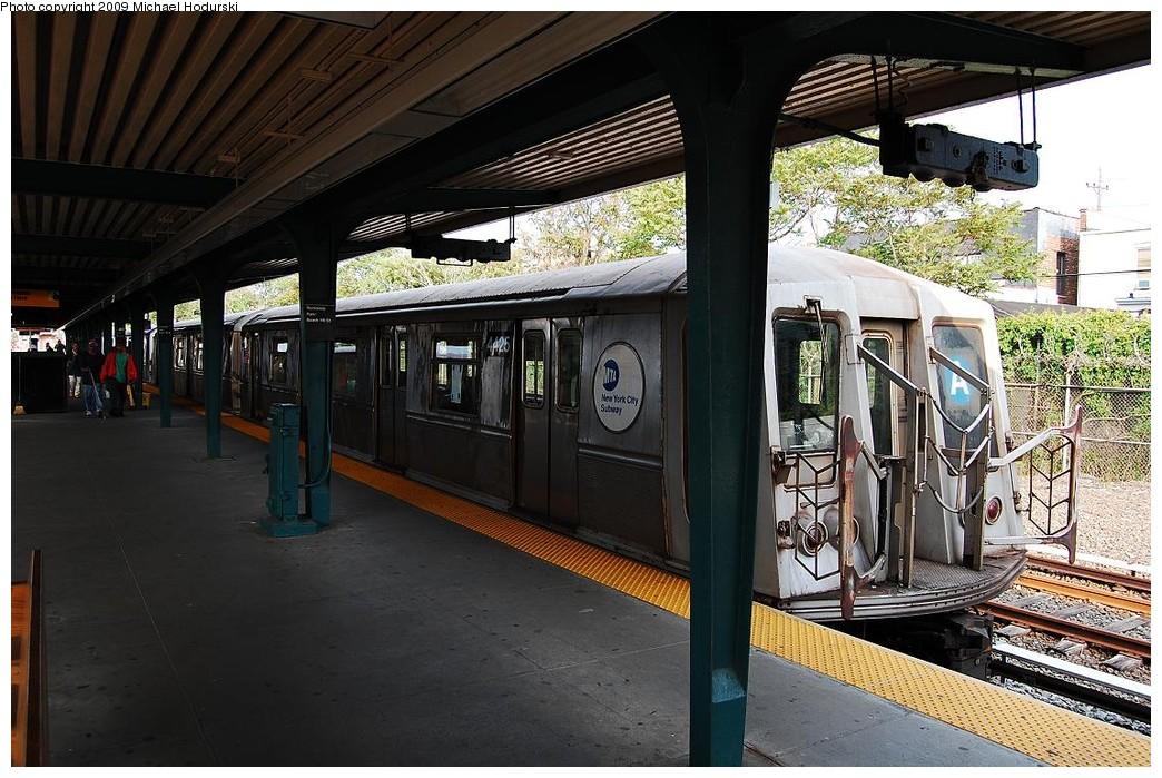 (260k, 1044x699)<br><b>Country:</b> United States<br><b>City:</b> New York<br><b>System:</b> New York City Transit<br><b>Line:</b> IND Rockaway<br><b>Location:</b> Rockaway Park/Beach 116th Street <br><b>Route:</b> A<br><b>Car:</b> R-40 (St. Louis, 1968)  4425 <br><b>Photo by:</b> Michael Hodurski<br><b>Date:</b> 6/8/2009<br><b>Viewed (this week/total):</b> 2 / 902