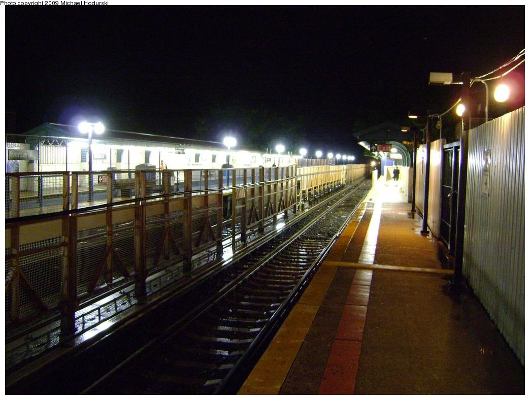 (238k, 1044x788)<br><b>Country:</b> United States<br><b>City:</b> New York<br><b>System:</b> New York City Transit<br><b>Line:</b> BMT Brighton Line<br><b>Location:</b> Avenue J <br><b>Photo by:</b> Michael Hodurski<br><b>Date:</b> 9/28/2009<br><b>Viewed (this week/total):</b> 3 / 1108