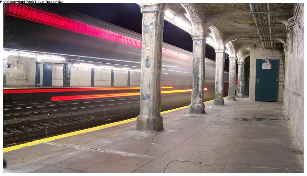 (233k, 1044x600)<br><b>Country:</b> United States<br><b>City:</b> New York<br><b>System:</b> New York City Transit<br><b>Line:</b> BMT Sea Beach Line<br><b>Location:</b> 20th Avenue <br><b>Photo by:</b> David Tropiansky<br><b>Date:</b> 10/9/2009<br><b>Viewed (this week/total):</b> 1 / 1076