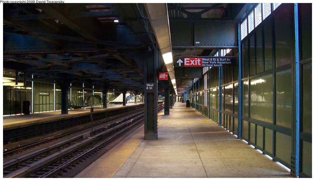 (221k, 1044x600)<br><b>Country:</b> United States<br><b>City:</b> New York<br><b>System:</b> New York City Transit<br><b>Line:</b> BMT Culver Line<br><b>Location:</b> West 8th Street <br><b>Photo by:</b> David Tropiansky<br><b>Date:</b> 10/10/2009<br><b>Viewed (this week/total):</b> 2 / 1502