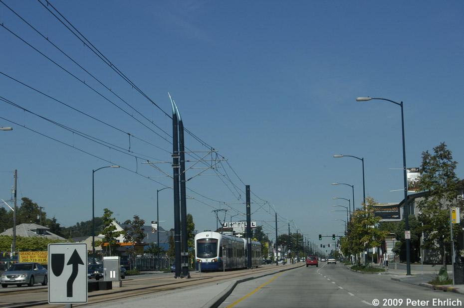 (151k, 930x618)<br><b>Country:</b> United States<br><b>City:</b> Seattle, WA<br><b>System:</b> Sound Transit LINK Light Rail<br><b>Location:</b> M.L.King Way S. <br><b>Car:</b> SeattleLink LRV (Kinki-Sharyo, 2006-2009)  132 <br><b>Photo by:</b> Peter Ehrlich<br><b>Date:</b> 9/11/2009<br><b>Notes:</b> Outbound at M.L.King Way S./S. Holly.<br><b>Viewed (this week/total):</b> 0 / 579