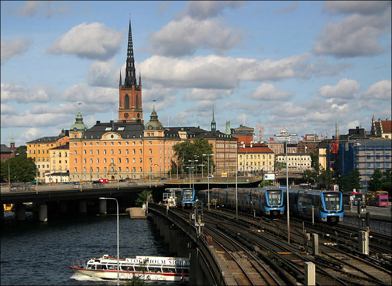 (183k, 796x581)<br><b>Country:</b> Sweden<br><b>City:</b> Stockholm<br><b>System:</b> Storstockholms Lokaltrafik<br><b>Line:</b> Tunnelbana Green Line <br><b>Location:</b> Soderstromsbron <br><b>Photo by:</b> Matthias Frey<br><b>Date:</b> 10/10/2009<br><b>Viewed (this week/total):</b> 1 / 446