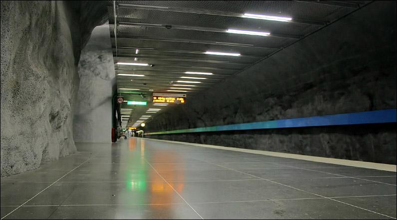 (95k, 796x442)<br><b>Country:</b> Sweden<br><b>City:</b> Stockholm<br><b>System:</b> Storstockholms Lokaltrafik<br><b>Line:</b> Tunnelbana Red Line<br><b>Location:</b> Bergshamra<br><b>Photo by:</b> Matthias Frey<br><b>Date:</b> 10/30/2008<br><b>Viewed (this week/total):</b> 0 / 431