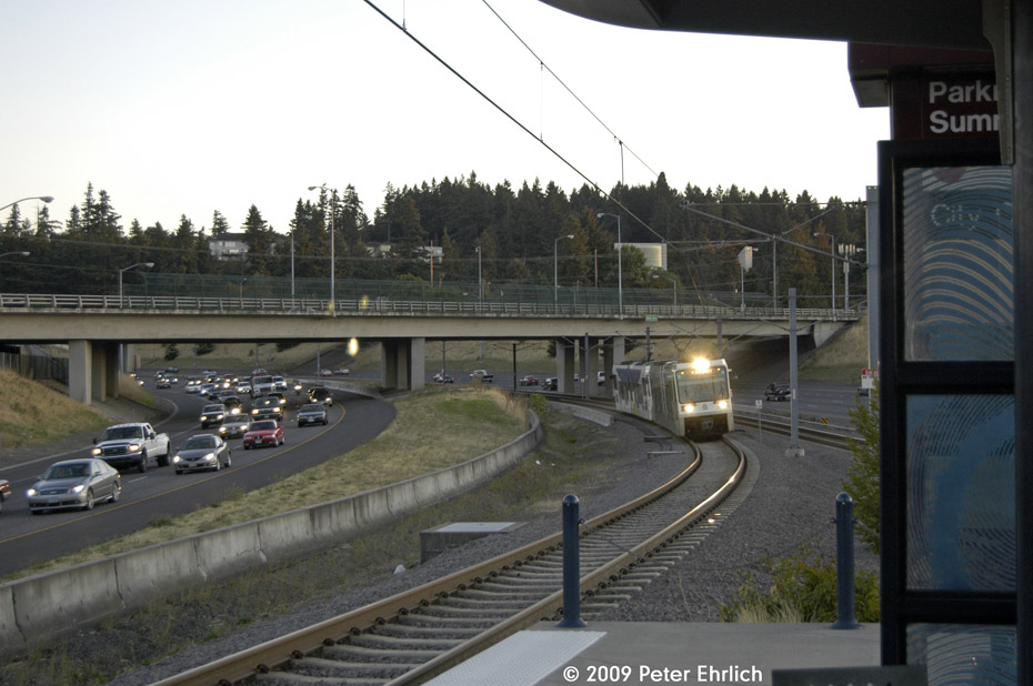 (180k, 930x618)<br><b>Country:</b> United States<br><b>City:</b> Portland, OR<br><b>System:</b> Portland MAX<br><b>Line:</b> MAX Red (Airport) Line<br><b>Location:</b> Parkrose/Sumner Transit Center <br><b>Car:</b> MAX Type 2 (Siemens SD600A)  226 <br><b>Photo by:</b> Peter Ehrlich<br><b>Date:</b> 9/11/2009<br><b>Notes:</b> Inbound.<br><b>Viewed (this week/total):</b> 0 / 725