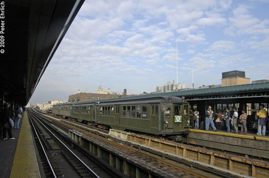 (192k, 930x618)<br><b>Country:</b> United States<br><b>City:</b> New York<br><b>System:</b> New York City Transit<br><b>Line:</b> IRT Woodlawn Line<br><b>Location:</b> 161st Street/River Avenue (Yankee Stadium) <br><b>Route:</b> Fan Trip<br><b>Car:</b> Low-V (Museum Train) 5292 <br><b>Photo by:</b> Peter Ehrlich<br><b>Date:</b> 10/9/2009<br><b>Notes:</b> Yankee Stadium Special<br><b>Viewed (this week/total):</b> 3 / 844