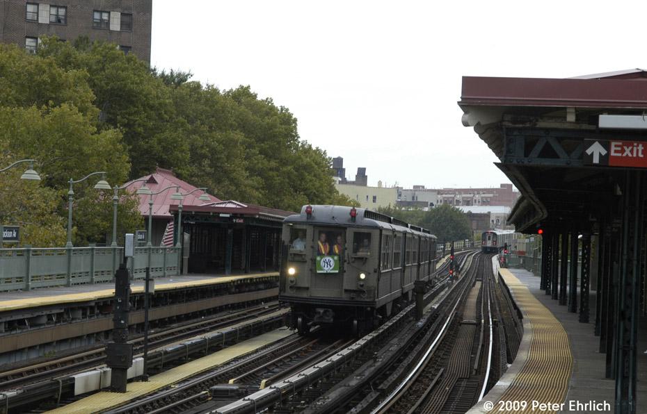 (194k, 930x596)<br><b>Country:</b> United States<br><b>City:</b> New York<br><b>System:</b> New York City Transit<br><b>Line:</b> IRT White Plains Road Line<br><b>Location:</b> Jackson Avenue <br><b>Route:</b> Fan Trip<br><b>Car:</b> Low-V (Museum Train) 5443 <br><b>Photo by:</b> Peter Ehrlich<br><b>Date:</b> 10/9/2009<br><b>Notes:</b> Yankee Stadium Special--inbound to Grand Central for passenger service.<br><b>Viewed (this week/total):</b> 1 / 1003