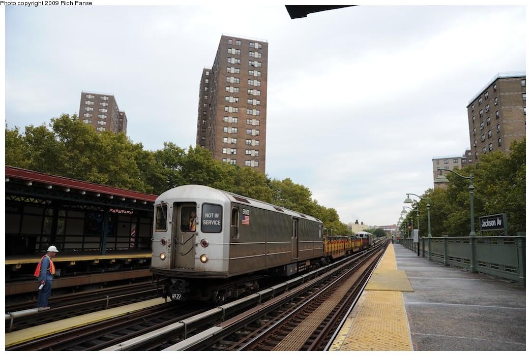 (173k, 1044x701)<br><b>Country:</b> United States<br><b>City:</b> New York<br><b>System:</b> New York City Transit<br><b>Line:</b> IRT White Plains Road Line<br><b>Location:</b> Jackson Avenue <br><b>Route:</b> Work Service<br><b>Car:</b> R-127/R-134 (Kawasaki, 1991-1996) EP002 <br><b>Photo by:</b> Richard Panse<br><b>Date:</b> 10/9/2009<br><b>Viewed (this week/total):</b> 1 / 1178