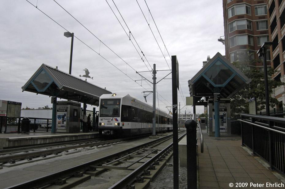 (186k, 930x618)<br><b>Country:</b> United States<br><b>City:</b> Jersey City, NJ<br><b>System:</b> Hudson Bergen Light Rail<br><b>Location:</b> Harsimus Cove <br><b>Car:</b> NJT-HBLR LRV (Kinki-Sharyo, 1998-99)  2039 <br><b>Photo by:</b> Peter Ehrlich<br><b>Date:</b> 10/9/2009<br><b>Notes:</b> Outbound.<br><b>Viewed (this week/total):</b> 0 / 411
