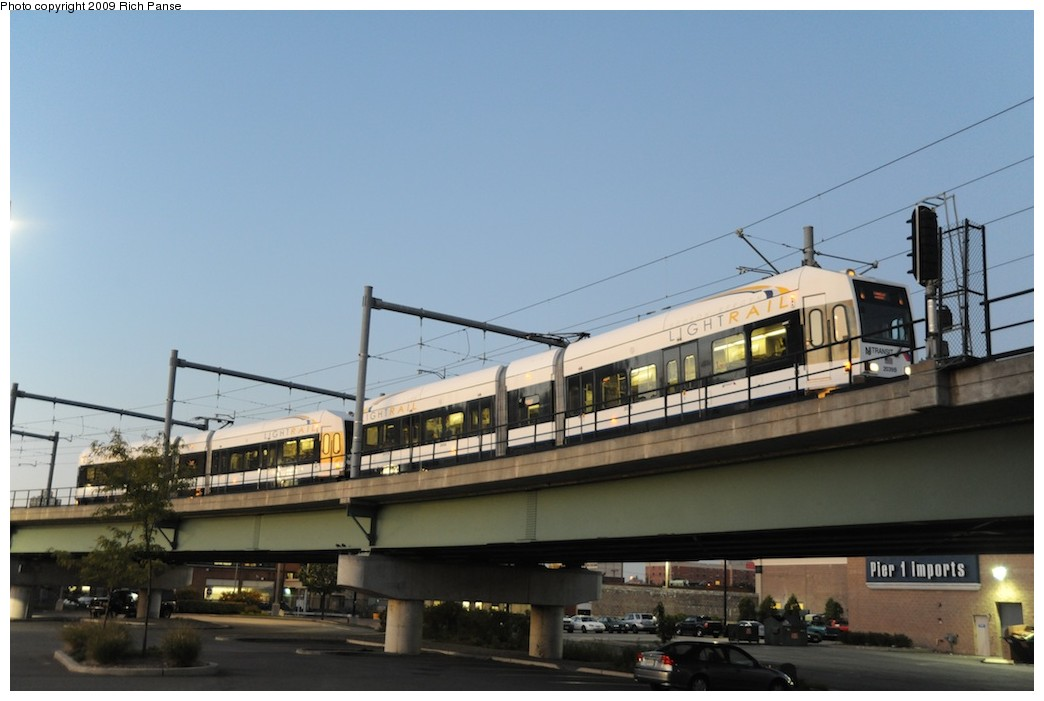 (135k, 1044x701)<br><b>Country:</b> United States<br><b>City:</b> Jersey City, NJ<br><b>System:</b> Hudson Bergen Light Rail<br><b>Location:</b> Between Newport & Hoboken <br><b>Photo by:</b> Richard Panse<br><b>Date:</b> 10/8/2009<br><b>Notes:</b> Hoboken Wye<br><b>Viewed (this week/total):</b> 0 / 402