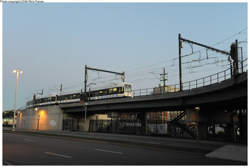 (120k, 1044x702)<br><b>Country:</b> United States<br><b>City:</b> Jersey City, NJ<br><b>System:</b> Hudson Bergen Light Rail<br><b>Location:</b> Between Newport & Hoboken <br><b>Photo by:</b> Richard Panse<br><b>Date:</b> 10/8/2009<br><b>Notes:</b> Hoboken Wye<br><b>Viewed (this week/total):</b> 1 / 338