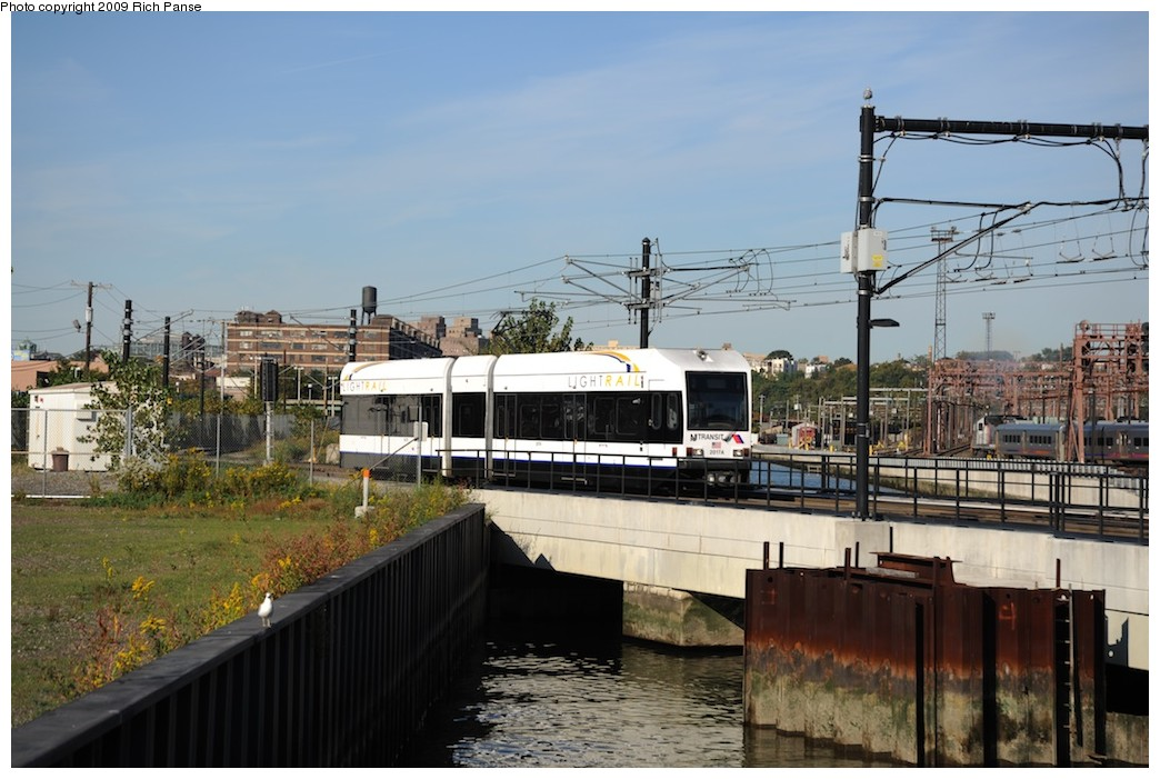 (180k, 1044x701)<br><b>Country:</b> United States<br><b>City:</b> Hoboken, NJ<br><b>System:</b> Hudson Bergen Light Rail<br><b>Location:</b> Hoboken <br><b>Car:</b> NJT-HBLR LRV (Kinki-Sharyo, 1998-99)  2027 <br><b>Photo by:</b> Richard Panse<br><b>Date:</b> 10/11/2009<br><b>Viewed (this week/total):</b> 0 / 370