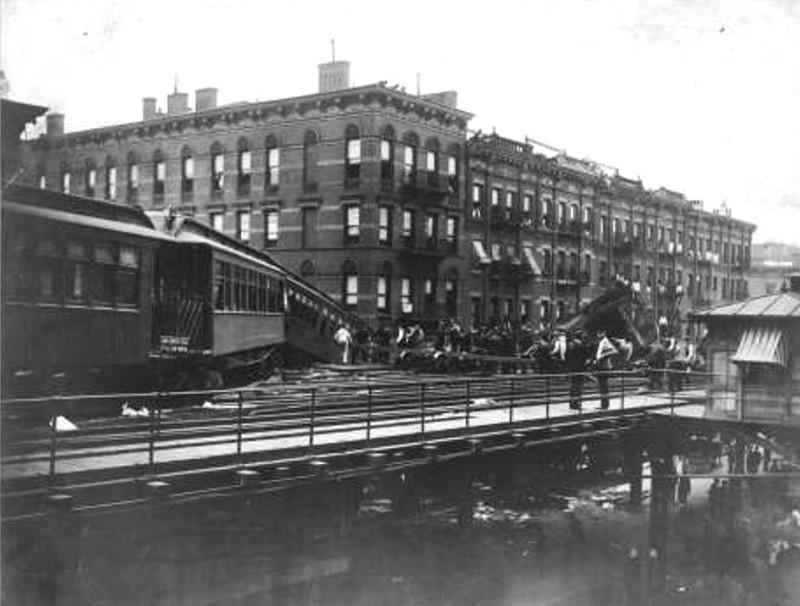 (86k, 800x606)<br><b>Country:</b> United States<br><b>City:</b> New York<br><b>System:</b> New York City Transit<br><b>Line:</b> 6th Avenue El<br><b>Location:</b> 8th Avenue/53rd Street <br><b>Collection of:</b> Herbert P. Maruska<br><b>Date:</b> 1905<br><b>Viewed (this week/total):</b> 2 / 1584