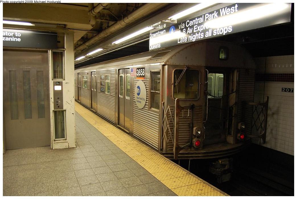 (240k, 1044x699)<br><b>Country:</b> United States<br><b>City:</b> New York<br><b>System:</b> New York City Transit<br><b>Line:</b> IND 8th Avenue Line<br><b>Location:</b> 207th Street <br><b>Route:</b> A<br><b>Car:</b> R-32 (Budd, 1964)  3658 <br><b>Photo by:</b> Michael Hodurski<br><b>Date:</b> 3/13/2008<br><b>Viewed (this week/total):</b> 0 / 921