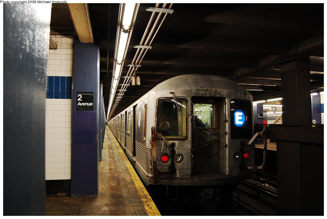 (195k, 1044x699)<br><b>Country:</b> United States<br><b>City:</b> New York<br><b>System:</b> New York City Transit<br><b>Line:</b> IND 6th Avenue Line<br><b>Location:</b> 2nd Avenue <br><b>Route:</b> E reroute<br><b>Car:</b> R-42 (St. Louis, 1969-1970)  4776 <br><b>Photo by:</b> Michael Hodurski<br><b>Date:</b> 4/17/2008<br><b>Viewed (this week/total):</b> 0 / 1027