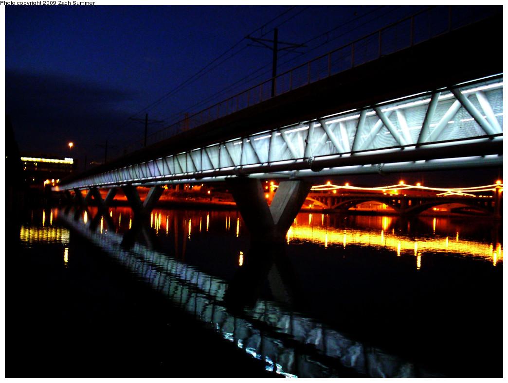 (236k, 1044x788)<br><b>Country:</b> United States<br><b>City:</b> Phoenix/Tempe, AZ<br><b>System:</b> Valley Metro <br><b>Location:</b> Salt River Bridge <br><b>Photo by:</b> Zach Summer<br><b>Date:</b> 10/10/2009<br><b>Notes:</b> Salt River Bridge lighting rotates colors.<br><b>Viewed (this week/total):</b> 1 / 528