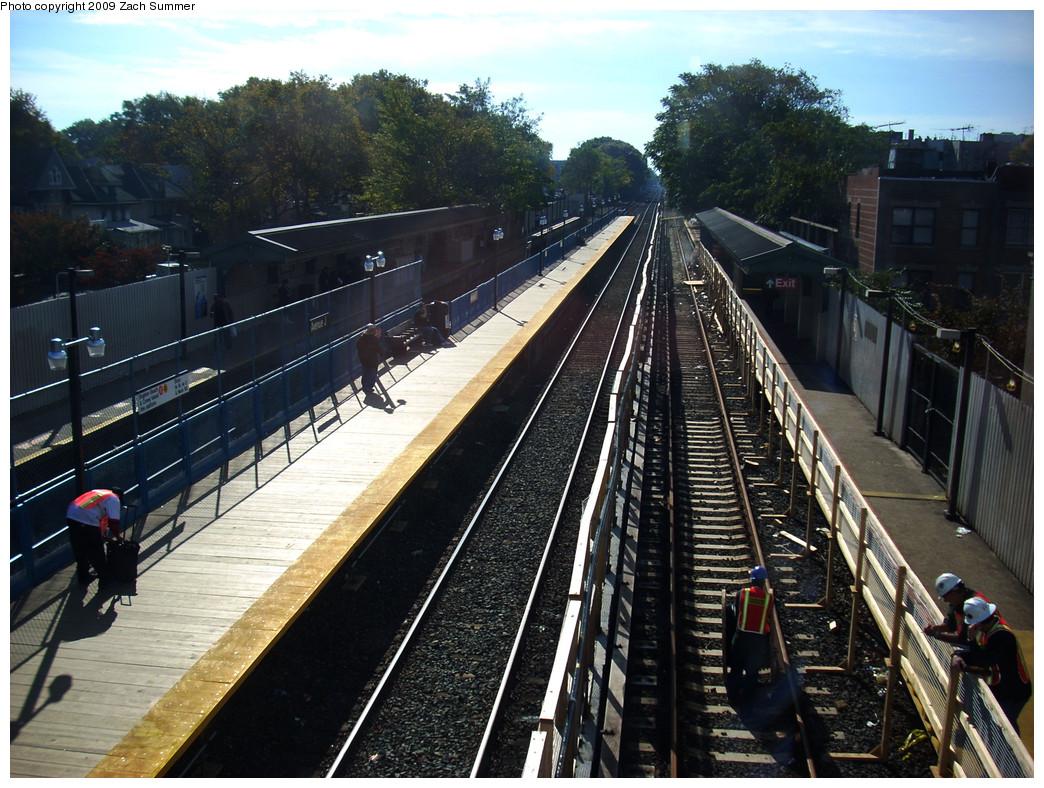 (326k, 1044x788)<br><b>Country:</b> United States<br><b>City:</b> New York<br><b>System:</b> New York City Transit<br><b>Line:</b> BMT Brighton Line<br><b>Location:</b> Avenue J <br><b>Photo by:</b> Zach Summer<br><b>Date:</b> 10/22/2009<br><b>Notes:</b> Station view<br><b>Viewed (this week/total):</b> 0 / 804