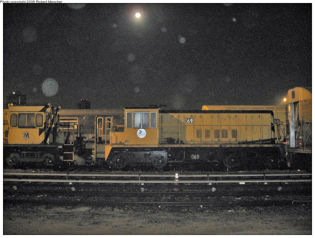 (226k, 1044x788)<br><b>Country:</b> United States<br><b>City:</b> New York<br><b>System:</b> New York City Transit<br><b>Location:</b> Jamaica Yard/Shops<br><b>Car:</b> R-47 Locomotive  69 <br><b>Photo by:</b> Robert Mencher<br><b>Date:</b> 11/3/2009<br><b>Viewed (this week/total):</b> 0 / 903