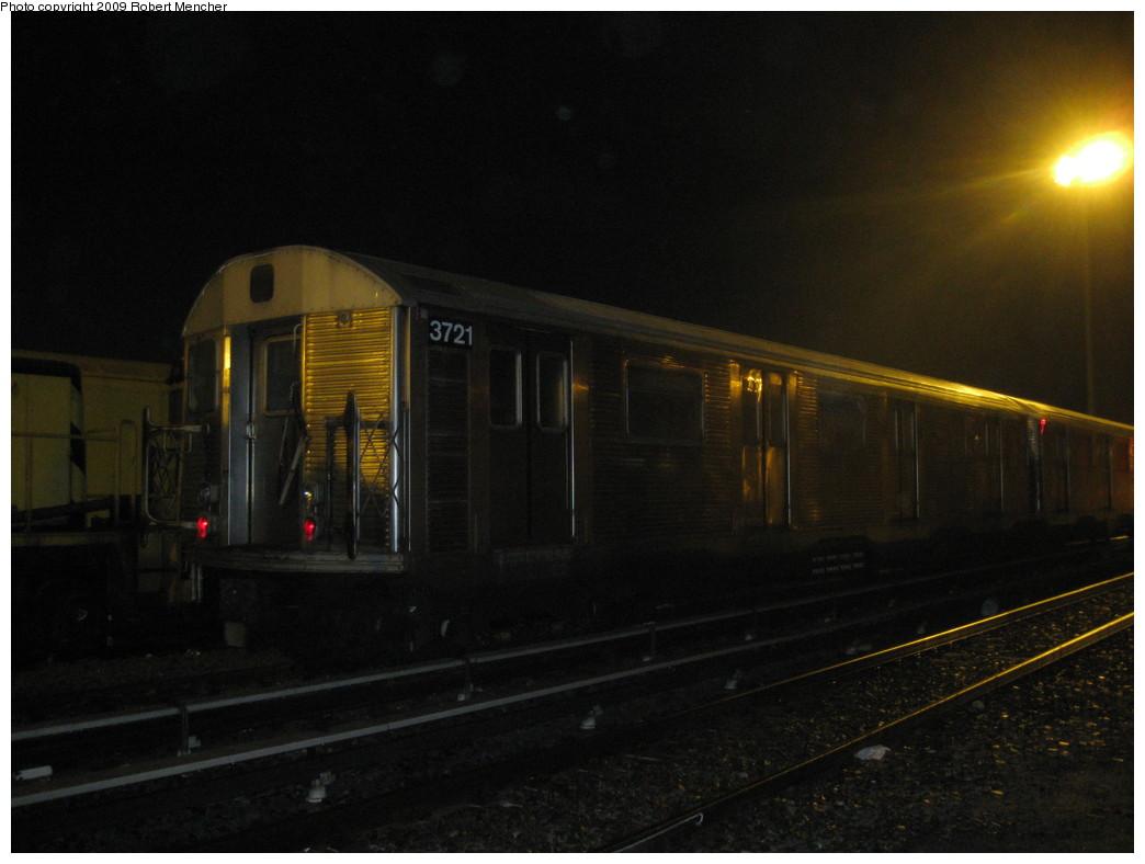 (157k, 1044x788)<br><b>Country:</b> United States<br><b>City:</b> New York<br><b>System:</b> New York City Transit<br><b>Location:</b> Jamaica Yard/Shops<br><b>Car:</b> R-32 (Budd, 1964)  3721 <br><b>Photo by:</b> Robert Mencher<br><b>Date:</b> 11/3/2009<br><b>Viewed (this week/total):</b> 1 / 879