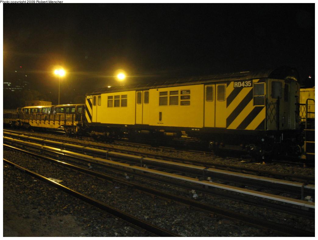 (197k, 1044x788)<br><b>Country:</b> United States<br><b>City:</b> New York<br><b>System:</b> New York City Transit<br><b>Location:</b> Jamaica Yard/Shops<br><b>Car:</b> R-161 Rider Car (ex-R-33)  RD435 <br><b>Photo by:</b> Robert Mencher<br><b>Date:</b> 11/3/2009<br><b>Viewed (this week/total):</b> 3 / 1066