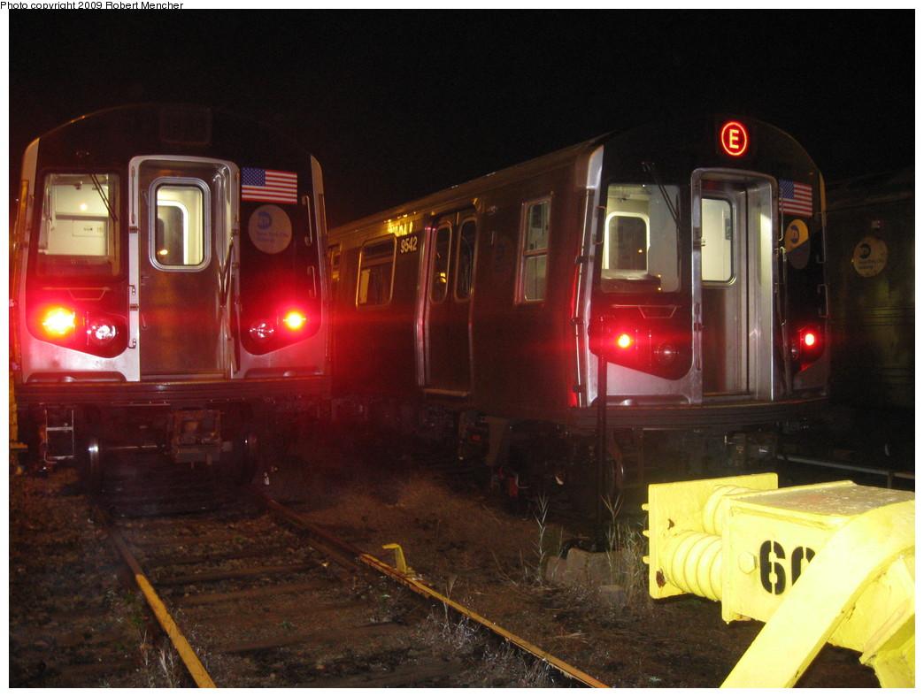 (208k, 1044x788)<br><b>Country:</b> United States<br><b>City:</b> New York<br><b>System:</b> New York City Transit<br><b>Location:</b> Jamaica Yard/Shops<br><b>Car:</b> R-160A (Option 1) (Alstom, 2008-2009, 5 car sets)  9542 <br><b>Photo by:</b> Robert Mencher<br><b>Date:</b> 11/3/2009<br><b>Viewed (this week/total):</b> 0 / 1454