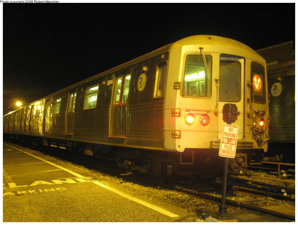 (217k, 1044x788)<br><b>Country:</b> United States<br><b>City:</b> New York<br><b>System:</b> New York City Transit<br><b>Location:</b> Jamaica Yard/Shops<br><b>Car:</b> R-46 (Pullman-Standard, 1974-75) 5594 <br><b>Photo by:</b> Robert Mencher<br><b>Date:</b> 11/3/2009<br><b>Viewed (this week/total):</b> 0 / 1142