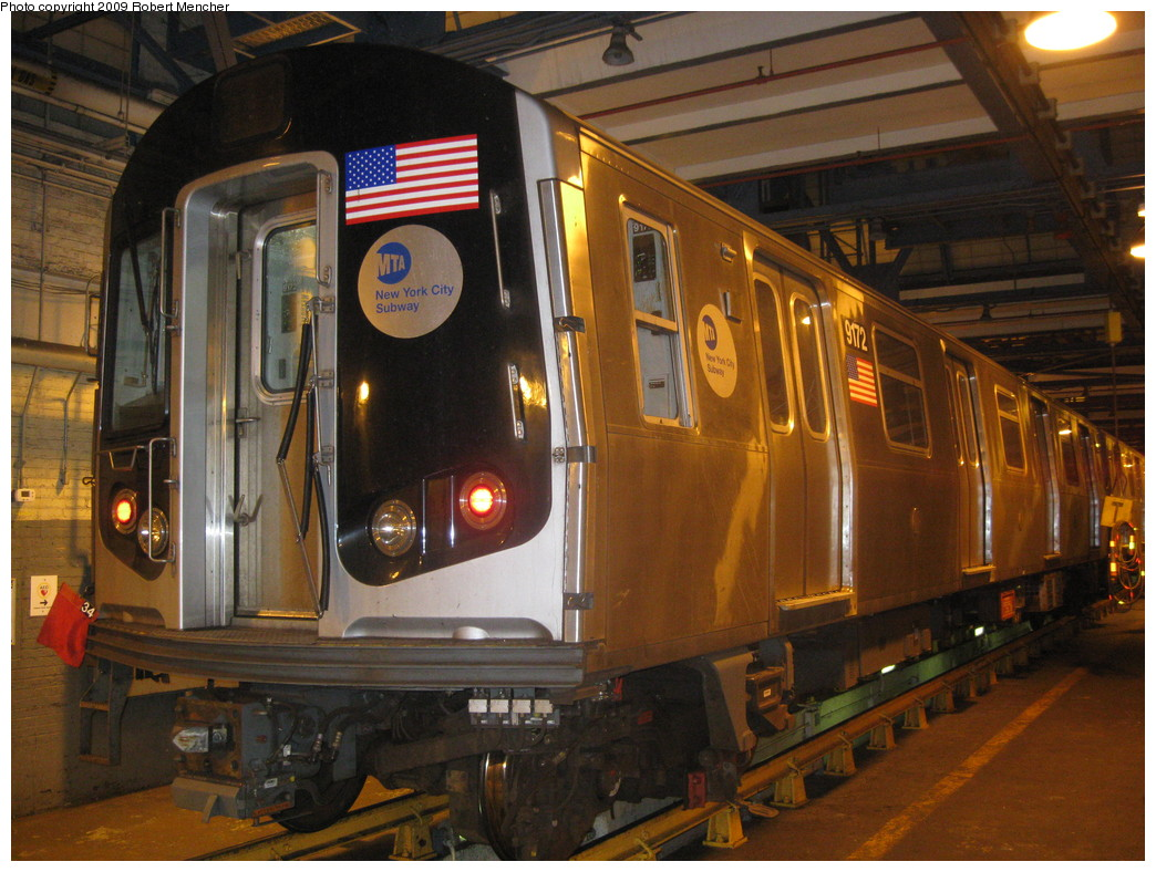 (247k, 1044x788)<br><b>Country:</b> United States<br><b>City:</b> New York<br><b>System:</b> New York City Transit<br><b>Location:</b> Jamaica Yard/Shops<br><b>Car:</b> R-160B (Option 1) (Kawasaki, 2008-2009)  9172 <br><b>Photo by:</b> Robert Mencher<br><b>Date:</b> 11/3/2009<br><b>Viewed (this week/total):</b> 3 / 1139
