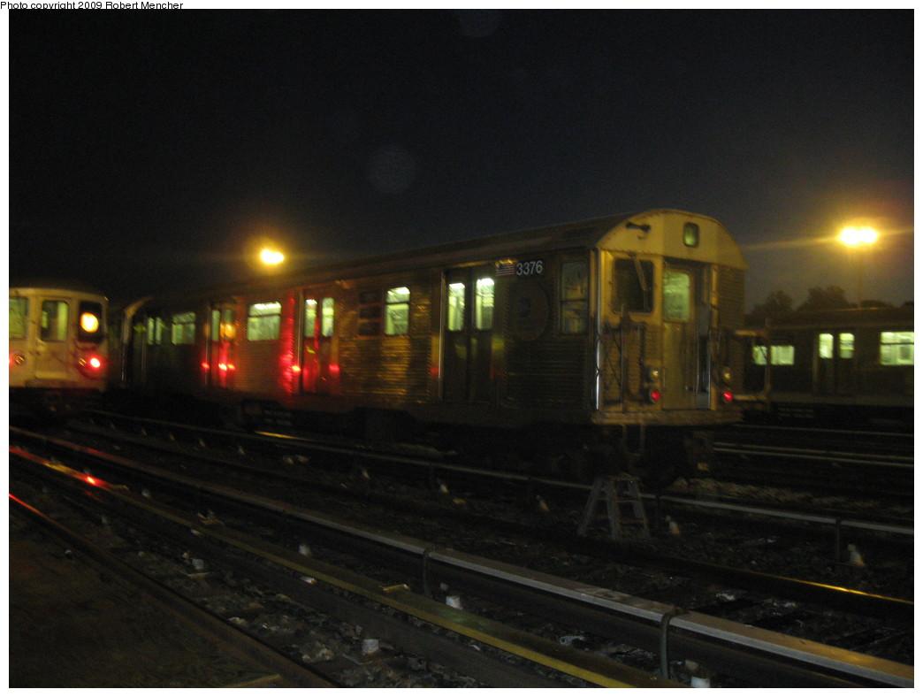 (164k, 1044x788)<br><b>Country:</b> United States<br><b>City:</b> New York<br><b>System:</b> New York City Transit<br><b>Location:</b> Jamaica Yard/Shops<br><b>Car:</b> R-32 (Budd, 1964)  3376 <br><b>Photo by:</b> Robert Mencher<br><b>Date:</b> 11/3/2009<br><b>Viewed (this week/total):</b> 0 / 1118