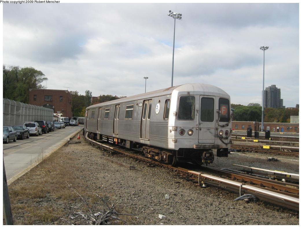 (230k, 1044x788)<br><b>Country:</b> United States<br><b>City:</b> New York<br><b>System:</b> New York City Transit<br><b>Location:</b> Jamaica Yard/Shops<br><b>Car:</b> R-46 (Pullman-Standard, 1974-75) 6106 <br><b>Photo by:</b> Robert Mencher<br><b>Date:</b> 11/3/2009<br><b>Viewed (this week/total):</b> 1 / 1008
