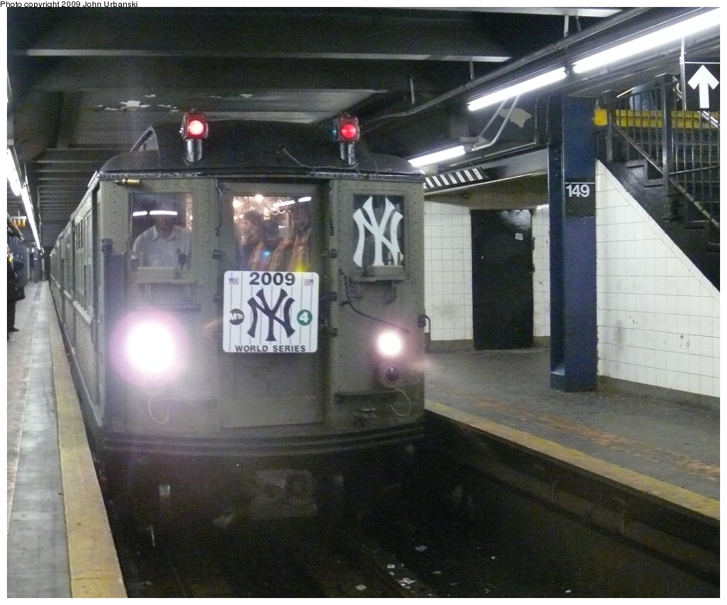 (225k, 1044x870)<br><b>Country:</b> United States<br><b>City:</b> New York<br><b>System:</b> New York City Transit<br><b>Line:</b> IRT Woodlawn Line<br><b>Location:</b> 149th Street/Grand Concourse <br><b>Route:</b> Fan Trip<br><b>Car:</b> Low-V (Museum Train)  <br><b>Photo by:</b> John Urbanski<br><b>Date:</b> 10/28/2009<br><b>Notes:</b> Yankees Special<br><b>Viewed (this week/total):</b> 1 / 1905