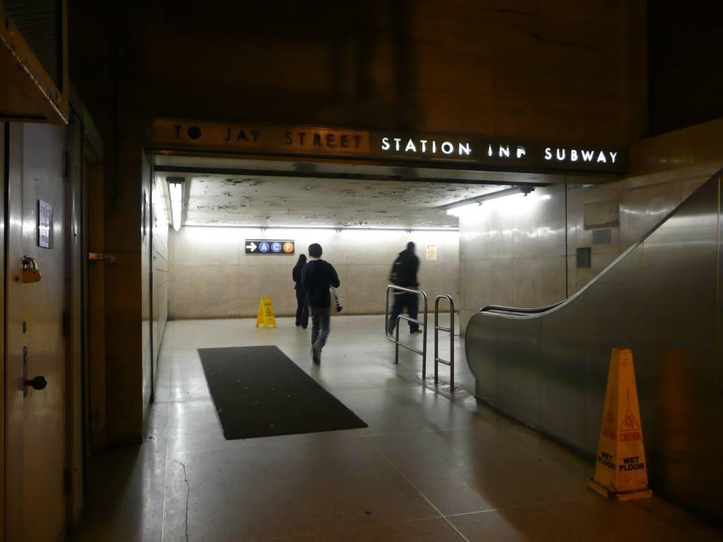 (83k, 1024x768)<br><b>Country:</b> United States<br><b>City:</b> New York<br><b>System:</b> New York City Transit<br><b>Line:</b> IND 8th Avenue Line<br><b>Location:</b> Jay St./Metrotech (Borough Hall) <br><b>Photo by:</b> Robbie Rosenfeld<br><b>Date:</b> 10/29/2009<br><b>Notes:</b> Station entrance.<br><b>Viewed (this week/total):</b> 0 / 1120