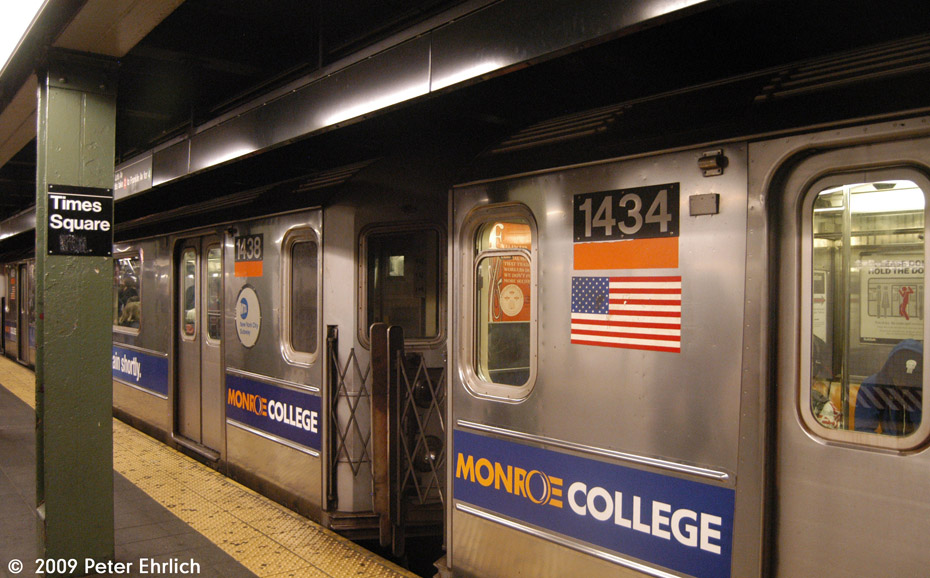 (177k, 930x578)<br><b>Country:</b> United States<br><b>City:</b> New York<br><b>System:</b> New York City Transit<br><b>Line:</b> IRT West Side Line<br><b>Location:</b> Times Square/42nd Street<br><b>Car:</b> R-62 (Kawasaki, 1983-1985) 1438/1434 <br><b>Photo by:</b> Peter Ehrlich<br><b>Date:</b> 10/30/2009<br><b>Notes:</b> Southbound. These two cars are survivors of the horrific Union Square wreck of 1991.<br><b>Viewed (this week/total):</b> 1 / 2503