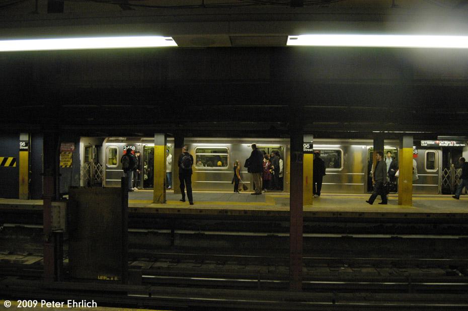 (159k, 930x618)<br><b>Country:</b> United States<br><b>City:</b> New York<br><b>System:</b> New York City Transit<br><b>Line:</b> IRT West Side Line<br><b>Location:</b> 96th Street <br><b>Route:</b> 1<br><b>Car:</b> R-62A (Bombardier, 1984-1987)  2458 <br><b>Photo by:</b> Peter Ehrlich<br><b>Date:</b> 10/30/2009<br><b>Notes:</b> Northbound.<br><b>Viewed (this week/total):</b> 1 / 1222