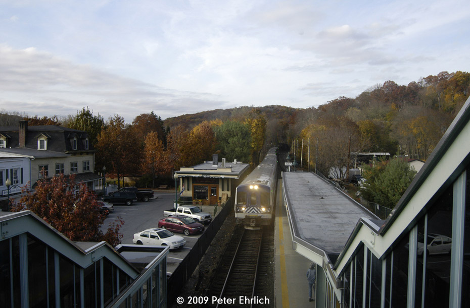 (158k, 930x611)<br><b>Country:</b> United States<br><b>System:</b> Metro-North Railroad (or Amtrak or Predecessor RR)<br><b>Line:</b> Metro North-Harlem Line<br><b>Location:</b> Croton Falls<br><b>Car:</b> MNRR M-7a EMU (Bombardier) 4278 <br><b>Photo by:</b> Peter Ehrlich<br><b>Date:</b> 10/30/2009<br><b>Notes:</b> Inbound.<br><b>Viewed (this week/total):</b> 0 / 540