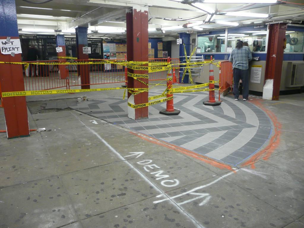 (135k, 1024x768)<br><b>Country:</b> United States<br><b>City:</b> New York<br><b>System:</b> New York City Transit<br><b>Line:</b> IRT West Side Line<br><b>Location:</b> 59th Street/Columbus Circle <br><b>Photo by:</b> Robbie Rosenfeld<br><b>Date:</b> 10/22/2009<br><b>Notes:</b> Station renovations.<br><b>Viewed (this week/total):</b> 4 / 1439