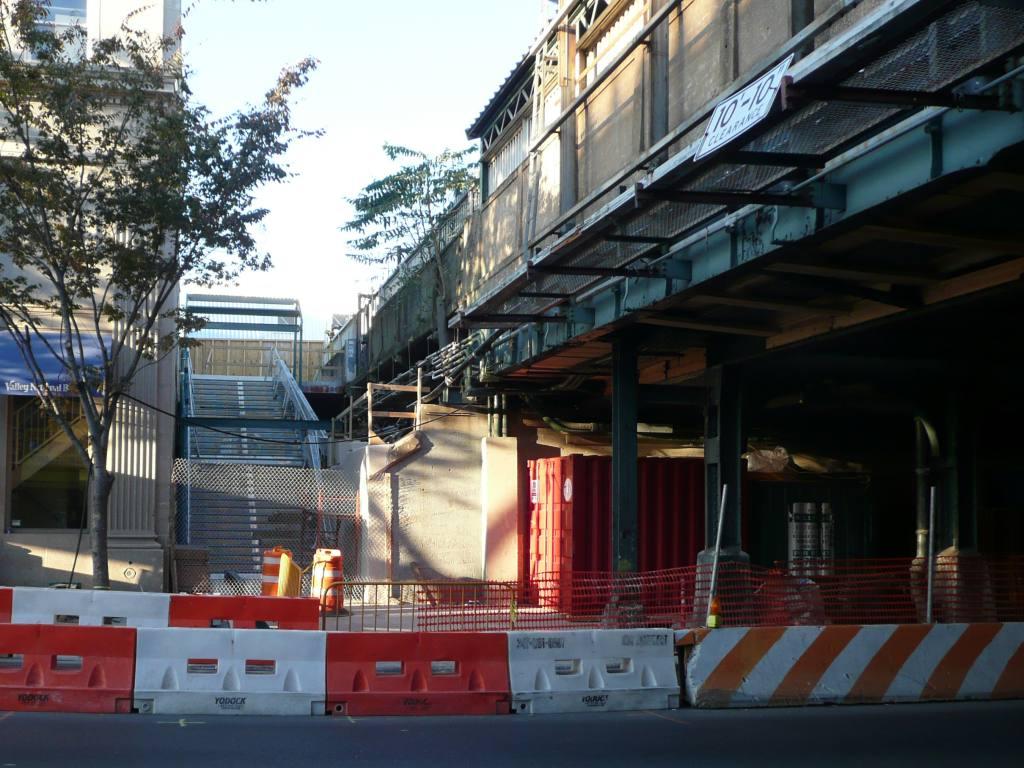 (130k, 1024x768)<br><b>Country:</b> United States<br><b>City:</b> New York<br><b>System:</b> New York City Transit<br><b>Line:</b> BMT Brighton Line<br><b>Location:</b> Avenue J <br><b>Photo by:</b> Robbie Rosenfeld<br><b>Date:</b> 10/22/2009<br><b>Notes:</b> New stairway.<br><b>Viewed (this week/total):</b> 0 / 1009