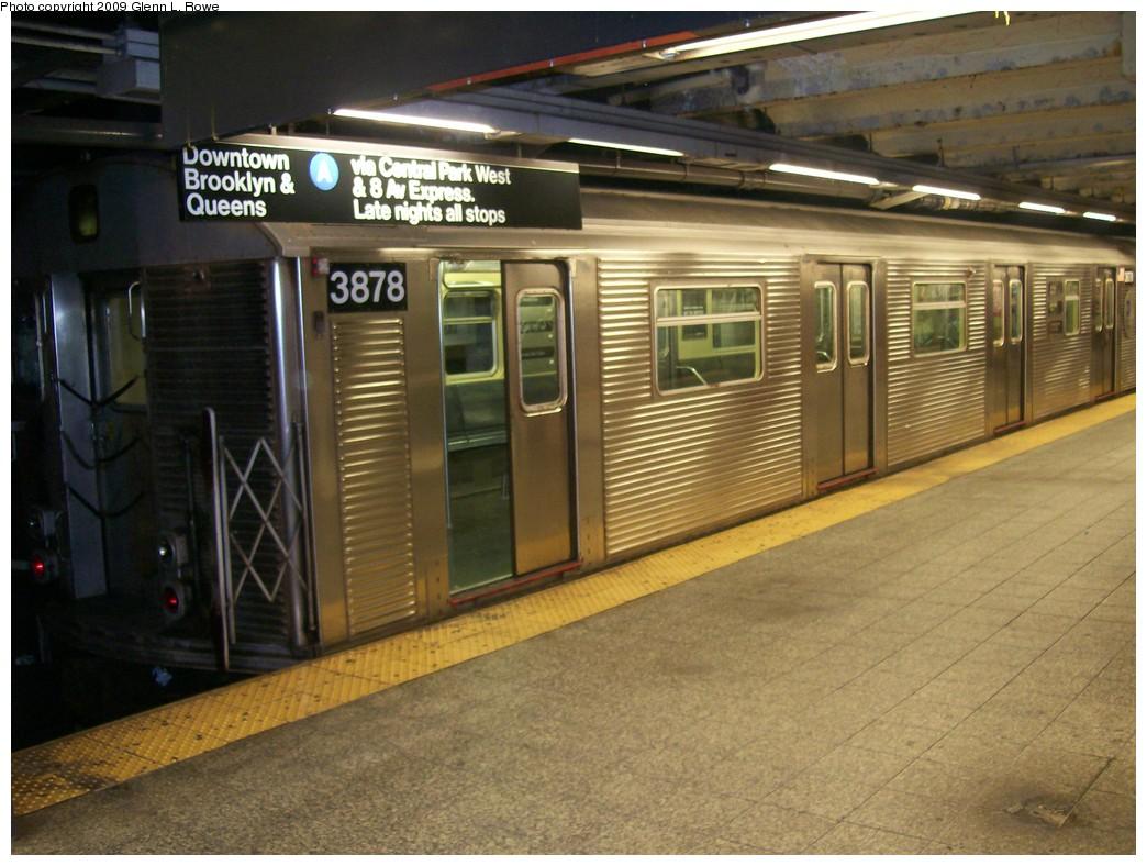 (210k, 1044x788)<br><b>Country:</b> United States<br><b>City:</b> New York<br><b>System:</b> New York City Transit<br><b>Line:</b> IND 8th Avenue Line<br><b>Location:</b> 207th Street <br><b>Route:</b> A<br><b>Car:</b> R-32 (Budd, 1964)  3878 <br><b>Photo by:</b> Glenn L. Rowe<br><b>Date:</b> 10/16/2009<br><b>Viewed (this week/total):</b> 1 / 721