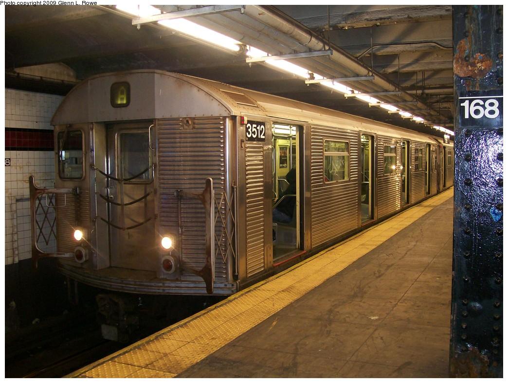 (240k, 1044x788)<br><b>Country:</b> United States<br><b>City:</b> New York<br><b>System:</b> New York City Transit<br><b>Line:</b> IND 8th Avenue Line<br><b>Location:</b> 168th Street <br><b>Route:</b> A<br><b>Car:</b> R-32 (Budd, 1964)  3512 <br><b>Photo by:</b> Glenn L. Rowe<br><b>Date:</b> 10/27/2009<br><b>Viewed (this week/total):</b> 0 / 936