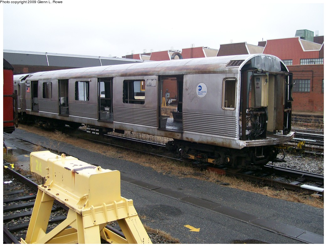 (233k, 1044x788)<br><b>Country:</b> United States<br><b>City:</b> New York<br><b>System:</b> New York City Transit<br><b>Location:</b> 207th Street Yard<br><b>Car:</b> R-42 (St. Louis, 1969-1970)  4649 <br><b>Photo by:</b> Glenn L. Rowe<br><b>Date:</b> 10/28/2009<br><b>Notes:</b> Scrap<br><b>Viewed (this week/total):</b> 0 / 676