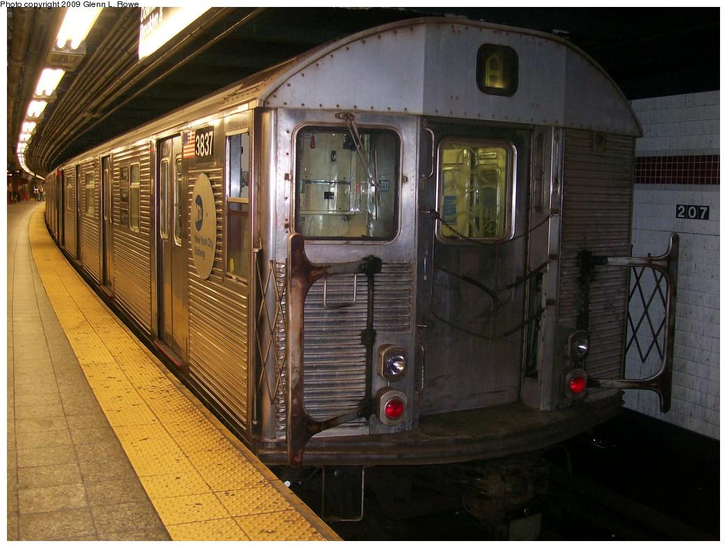 (228k, 1044x788)<br><b>Country:</b> United States<br><b>City:</b> New York<br><b>System:</b> New York City Transit<br><b>Line:</b> IND 8th Avenue Line<br><b>Location:</b> 207th Street <br><b>Route:</b> A<br><b>Car:</b> R-32 (Budd, 1964)  3837 <br><b>Photo by:</b> Glenn L. Rowe<br><b>Date:</b> 11/5/2009<br><b>Viewed (this week/total):</b> 0 / 717