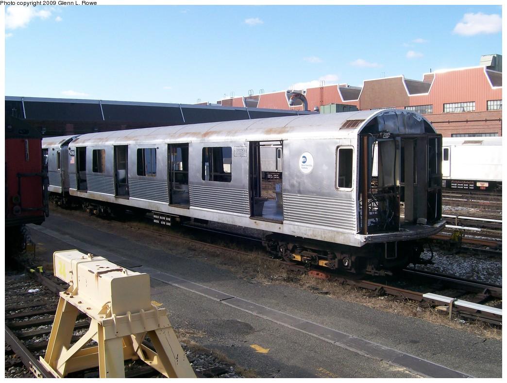 (227k, 1044x788)<br><b>Country:</b> United States<br><b>City:</b> New York<br><b>System:</b> New York City Transit<br><b>Location:</b> 207th Street Yard<br><b>Car:</b> R-42 (St. Louis, 1969-1970)  4765 <br><b>Photo by:</b> Glenn L. Rowe<br><b>Date:</b> 11/6/2009<br><b>Notes:</b> Scrap<br><b>Viewed (this week/total):</b> 0 / 672