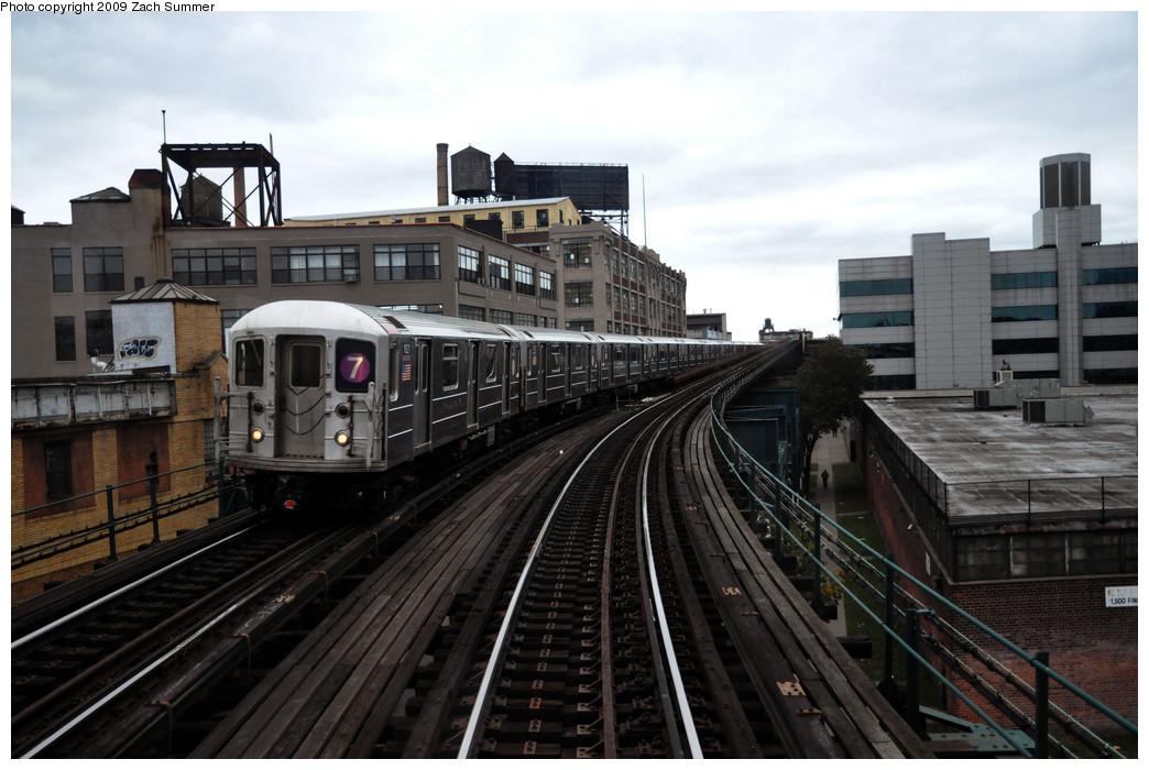 (229k, 1044x700)<br><b>Country:</b> United States<br><b>City:</b> New York<br><b>System:</b> New York City Transit<br><b>Line:</b> IRT Flushing Line<br><b>Location:</b> Court House Square/45th Road <br><b>Route:</b> 7<br><b>Car:</b> R-62A (Bombardier, 1984-1987)  1821 <br><b>Photo by:</b> Zach Summer<br><b>Date:</b> 10/23/2009<br><b>Viewed (this week/total):</b> 0 / 972