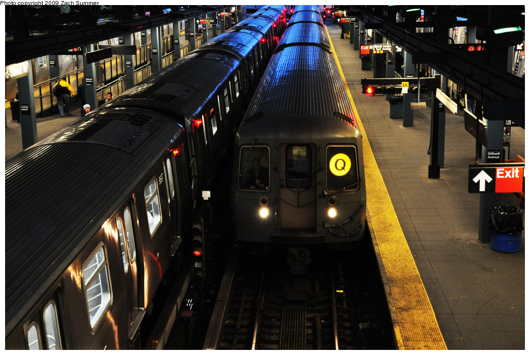 (273k, 1044x700)<br><b>Country:</b> United States<br><b>City:</b> New York<br><b>System:</b> New York City Transit<br><b>Location:</b> Coney Island/Stillwell Avenue<br><b>Route:</b> Q<br><b>Car:</b> R-68A (Kawasaki, 1988-1989)   <br><b>Photo by:</b> Zach Summer<br><b>Date:</b> 10/23/2009<br><b>Viewed (this week/total):</b> 1 / 1401