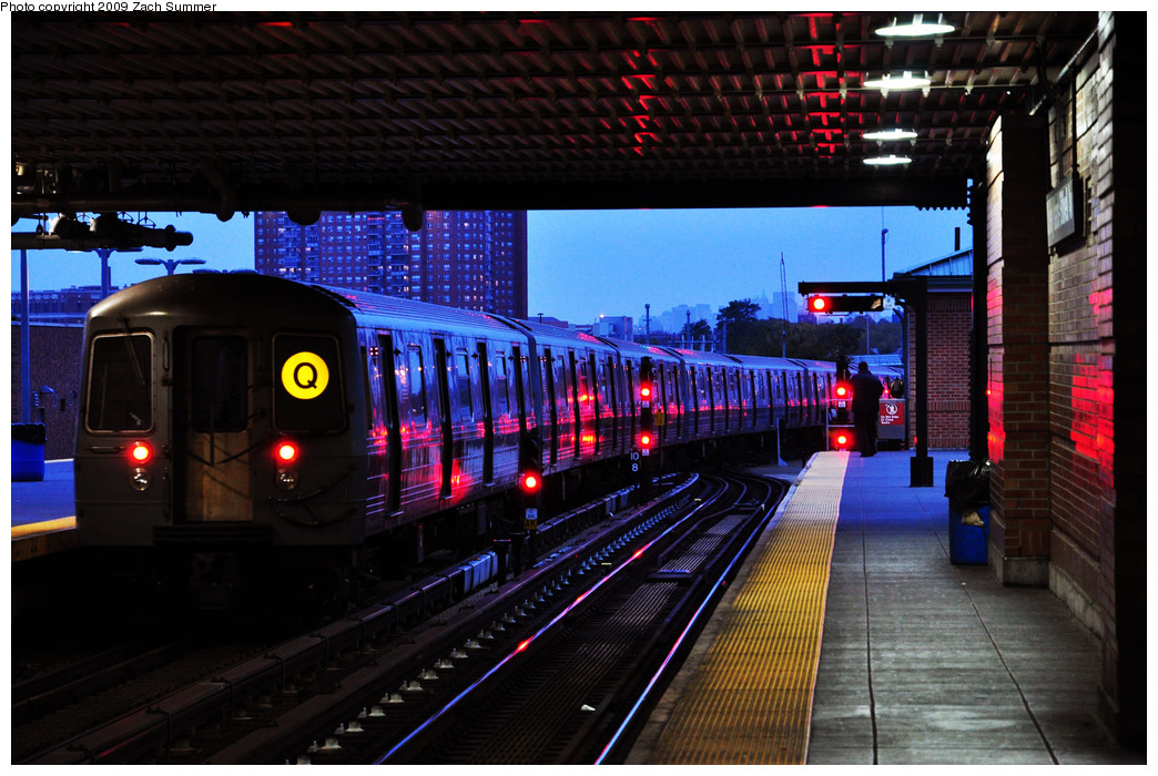 (281k, 1044x700)<br><b>Country:</b> United States<br><b>City:</b> New York<br><b>System:</b> New York City Transit<br><b>Location:</b> Coney Island/Stillwell Avenue<br><b>Route:</b> Q Yard Move<br><b>Car:</b> R-68A (Kawasaki, 1988-1989)  5194 <br><b>Photo by:</b> Zach Summer<br><b>Date:</b> 10/23/2009<br><b>Viewed (this week/total):</b> 1 / 1386