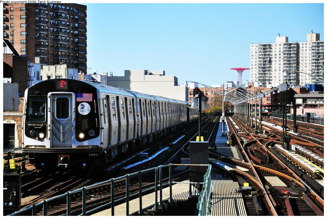 (349k, 1044x700)<br><b>Country:</b> United States<br><b>City:</b> New York<br><b>System:</b> New York City Transit<br><b>Line:</b> BMT Brighton Line<br><b>Location:</b> Brighton Beach <br><b>Route:</b> Q<br><b>Car:</b> R-160A/R-160B Series (Number Unknown)  <br><b>Photo by:</b> Zach Summer<br><b>Date:</b> 10/25/2009<br><b>Viewed (this week/total):</b> 3 / 1524