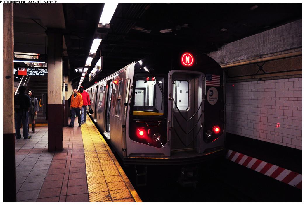 (228k, 1044x700)<br><b>Country:</b> United States<br><b>City:</b> New York<br><b>System:</b> New York City Transit<br><b>Location:</b> DeKalb Avenue<br><b>Route:</b> N<br><b>Car:</b> R-160B (Kawasaki, 2005-2008)  8853 <br><b>Photo by:</b> Zach Summer<br><b>Date:</b> 10/25/2009<br><b>Viewed (this week/total):</b> 2 / 1559