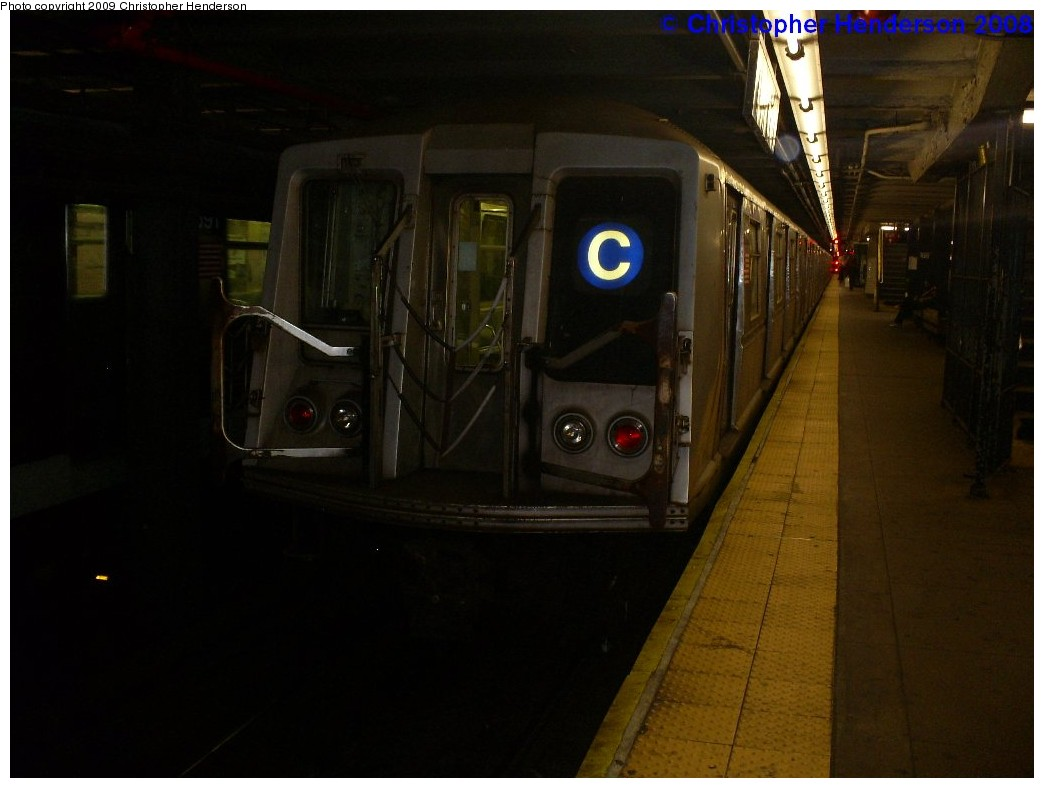 (133k, 1044x788)<br><b>Country:</b> United States<br><b>City:</b> New York<br><b>System:</b> New York City Transit<br><b>Line:</b> IND 8th Avenue Line<br><b>Location:</b> 168th Street <br><b>Route:</b> C<br><b>Car:</b> R-40 (St. Louis, 1968)  4411 <br><b>Photo by:</b> Christopher Henderson<br><b>Date:</b> 12/8/2008<br><b>Viewed (this week/total):</b> 1 / 1288